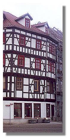 [Foto:erfurt-altstadt.jpg]