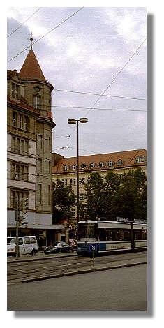 [Foto:muenchen-bahnhofsplatz.jpg]